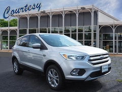 Certified Pre-Owned 2017 Ford Escape SE SUV 1FMCU9GD7HUD82476 for Sale in Altoona, PA