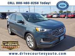 New 2019 Ford Edge Titanium SUV for sale in Thorp, WI