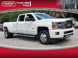 2015 Chevrolet Silverado 3500HD Built After A High Country 4WD Crew Cab 167.7 High Country