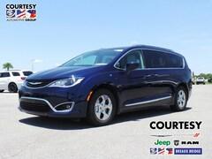 new 2018 Chrysler Pacifica Hybrid TOURING L Passenger Van 2C4RC1L76JR293634 for sale in Breaux Bridge, LA