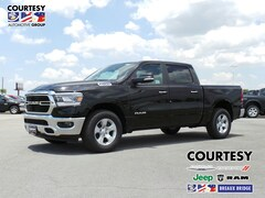 new 2019 Ram 1500 BIG HORN / LONE STAR CREW CAB 4X2 5'7 BOX Crew Cab 1C6RREFT9KN523168 for sale in Breaux Bridge, LA