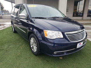 2013 Chrysler Town & Country Touring L Van; Extended 2C4RC1CG2DR565097