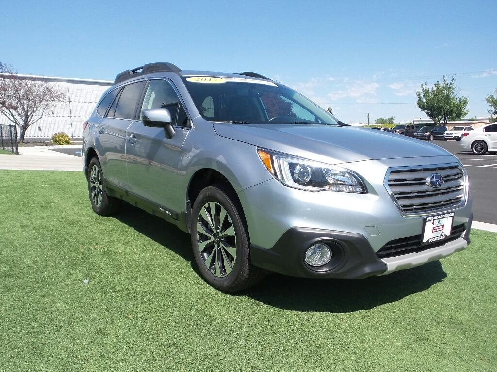 2017 Subaru Outback Limited Wagon 4S4BSAKC7H3396580