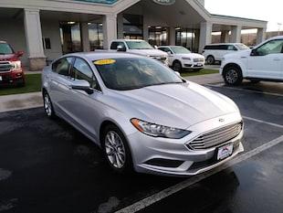 2017 Ford Fusion SE Sedan 3FA6P0H71HR224595
