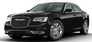 New 2020 Chrysler 300 TOURING AWD Sedan in Altoona, PA