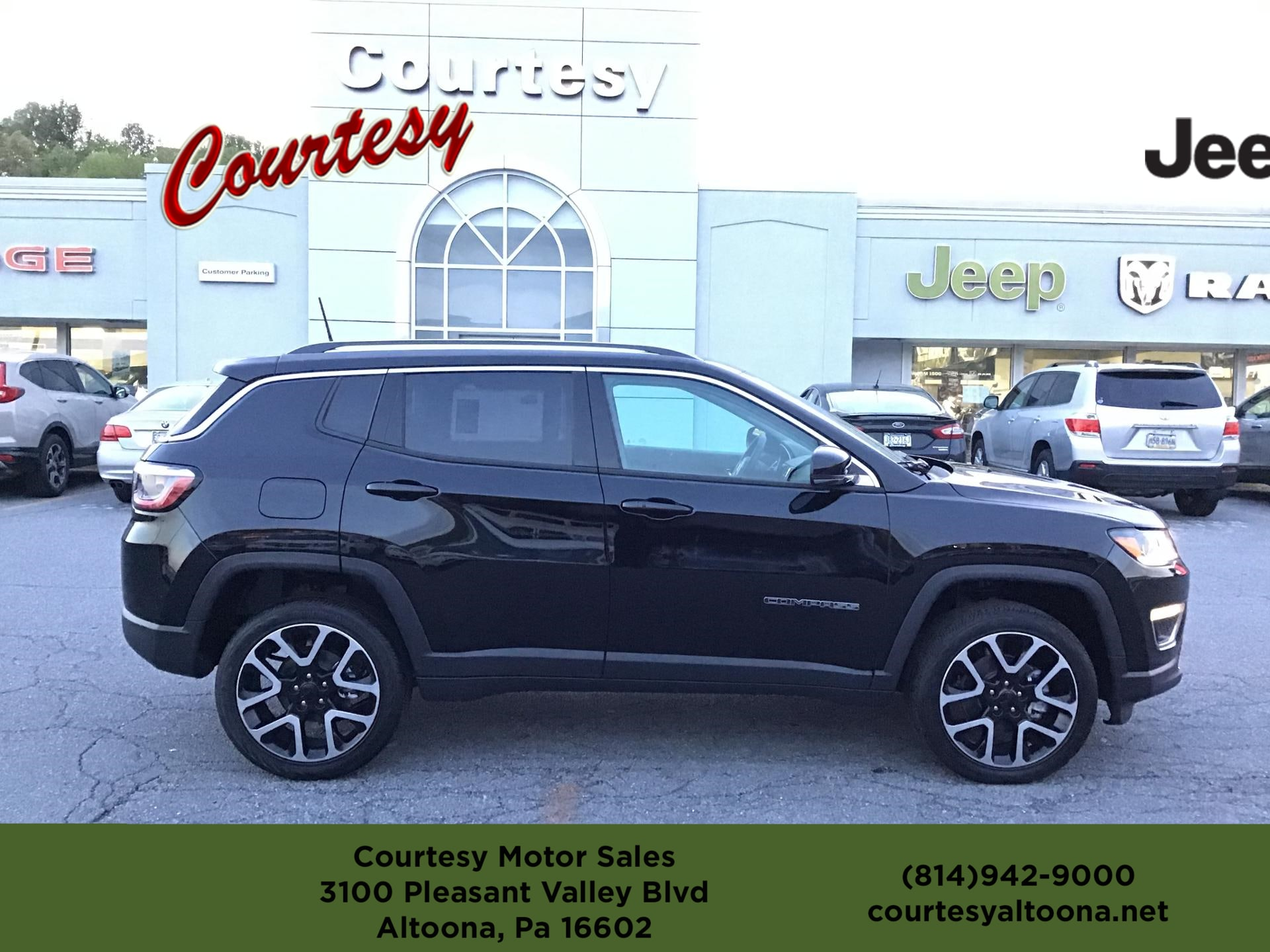 2019 Jeep Compass For Sale in Altoona PA | Courtesy Chrysler Dodge
