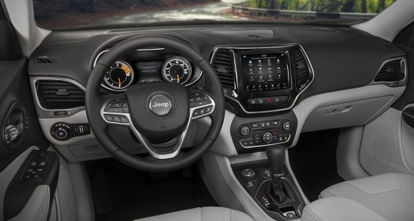 New Jeep Cherokee front dashboard