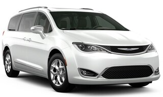 New 2020 Chrysler Pacifica LIMITED Passenger Van in Altoona, PA