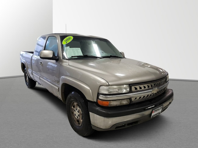 2000 Chevrolet Silverado 1500 LS Ext Cab 143.5 WB 4WD LS