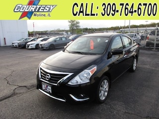 New 2017 Nissan Versa 1.6 SL Sedan 3N1CN7AP2HL854895 For Sale/Lease Moline, IL