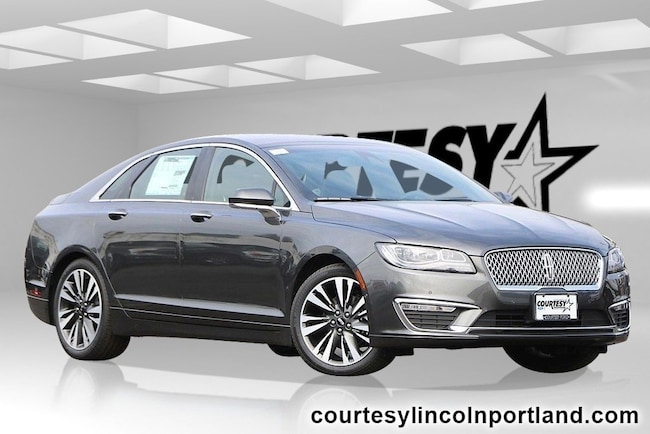 2019 Lincoln MKZ Hybrid Reserve II Sedan