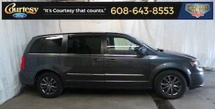 2015 Chrysler Town & Country S Minivan/Van