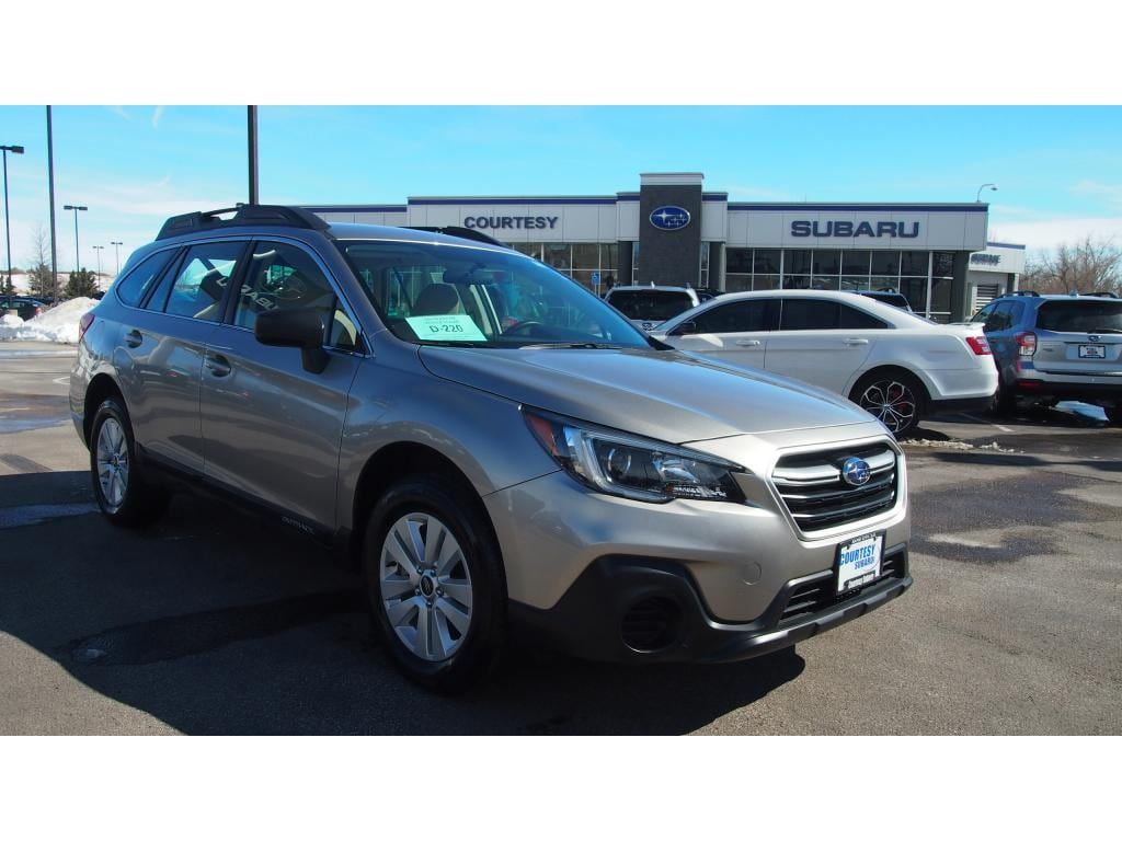Featured 2018 Subaru Outback Base 2.5i for sale in Rapid City, SD