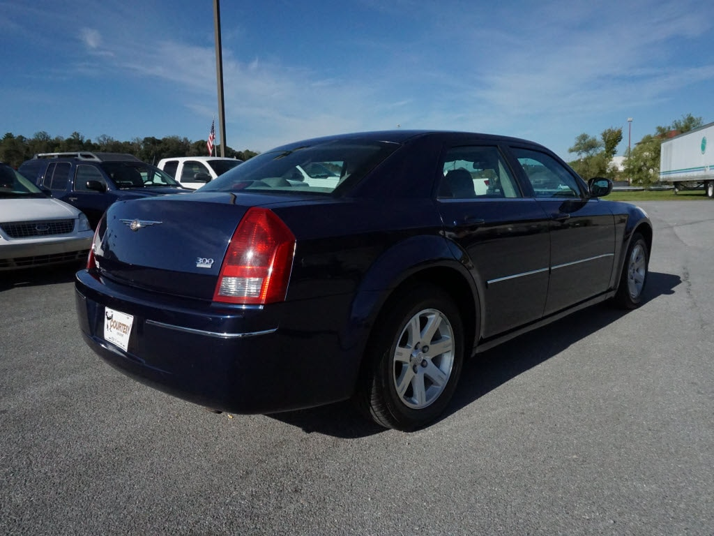 Used 2006 Chrysler 300 For Sale Kingsport TN | VIN:2C3KA53G86H140589