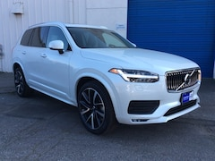 2020 Volvo XC90 T6 Momentum 6 Passenger SUV for Sale in Chico, CA at Courtesy Volvo Cars of Chico