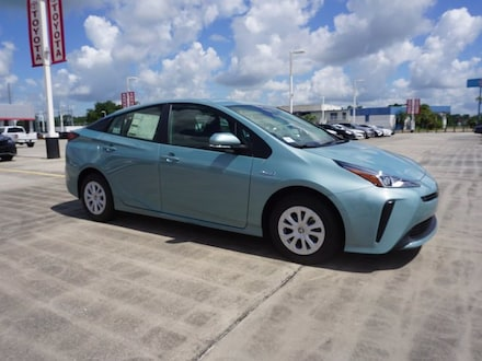 2022 Toyota Prius L Hatchback