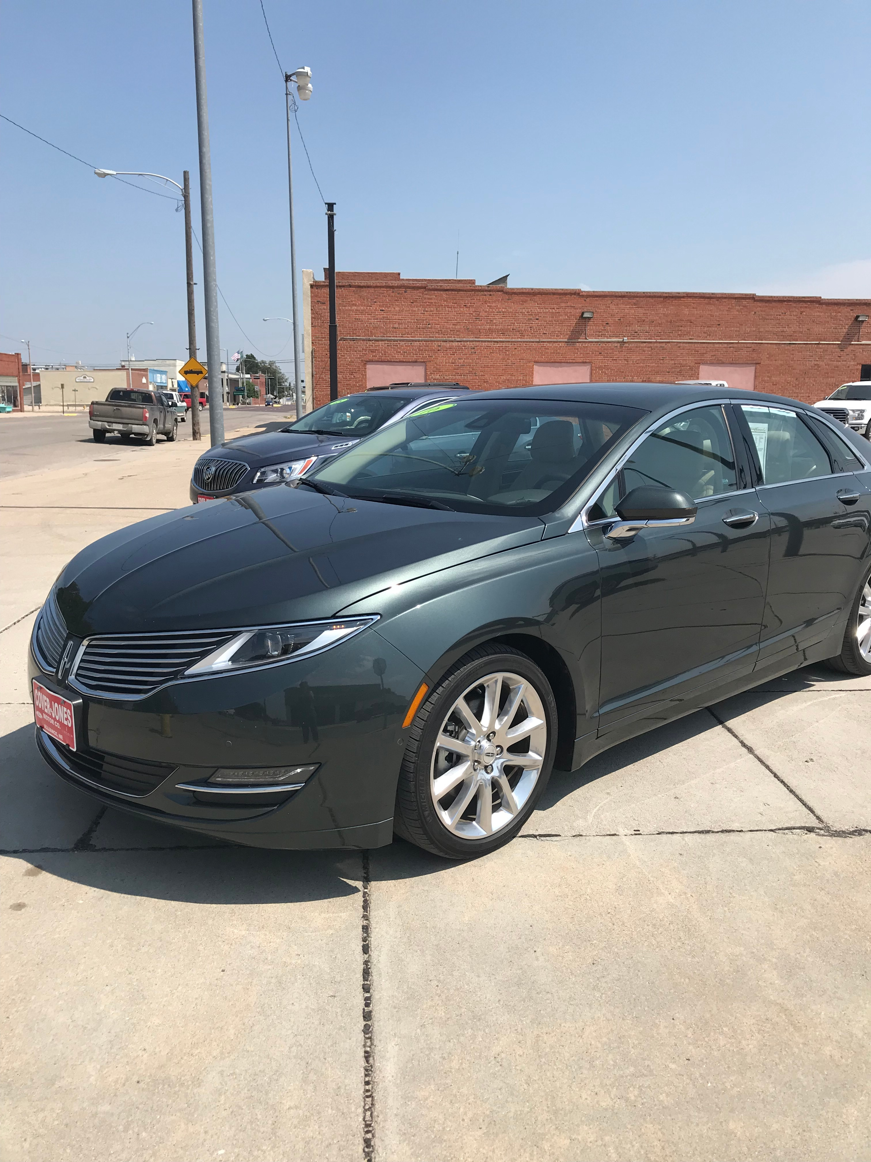 2016 Lincoln MKZ Reserve Technology Sedan