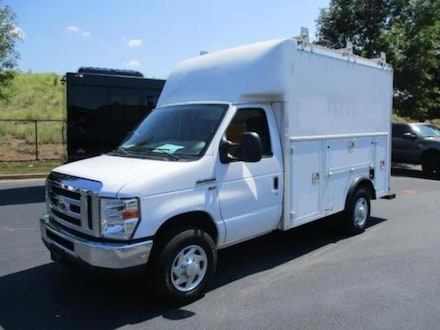 2015 Ford Econoline 350 Cutaway Duty Chassis Truck