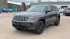 New 2020 Jeep Grand Cherokee ALTITUDE 4X4 Sport Utility for sale in Cheyenne WY