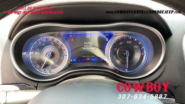 New 2019 Chrysler 300 LIMITED AWD For Sale In Cheyenne |  VIN:2C3CCAKG0KH603747