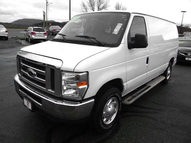 2012 Ford E-250 Commercial Van Cargo Van