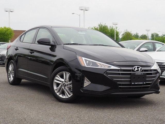 Featured New 2019 Hyundai Elantra SEL Sedan 5NPD84LF4KH465856 for sale near you in Lynchburg, VA