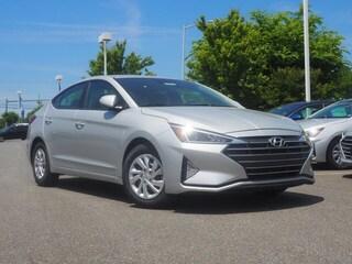 New 2019 Hyundai Elantra SE Sedan 5NPD74LF7KH492018 for sale near you in Lynchburg, VA