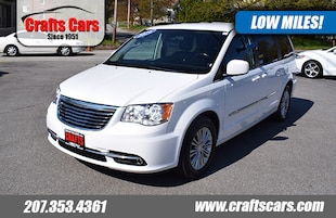 2016 Chrysler Town & Country Touring - Leather - CLEAN! Van LWB Passenger Van