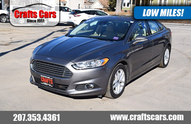 2014 Ford Fusion SE - Leather - Sunroof - 34 MPG Sedan