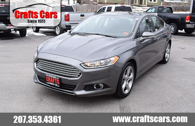 2014 Ford Fusion SE - 34 MPG - Bluetooth Sedan