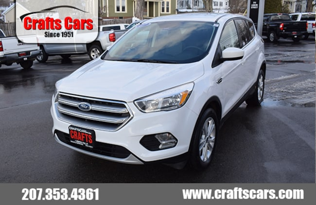 2017 Ford Escape SE - 4x4 - 28 MPG SUV