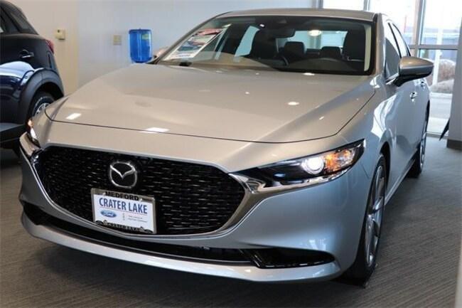 New 2019 Mazda Mazda3 Preferred Package Sedan Medford, OR