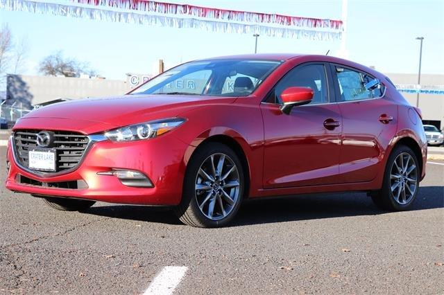 2018 Mazda Mazda3 5-Door Touring Hatchback