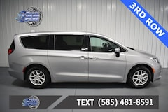 Used 2017 Chrysler Pacifica Touring Minivan/Van 2C4RC1DG4HR762566 C762566 for Sale Near Buffalo NY