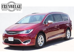 2018 Chrysler Pacifica LIMITED Passenger Van for sale in Kerrville, TX