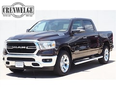 New Chrysler Dodge Jeep Models 2019 Ram 1500 BIG HORN / LONE STAR CREW CAB 4X2 5'7 BOX Crew Cab 1C6RREFT2KN581588 for sale in Kerrville near Boerne, TX