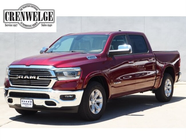 New 2019 Ram 1500 LARAMIE CREW CAB 4X2 5'7 BOX Crew Cab For Sale Kerrville, TX