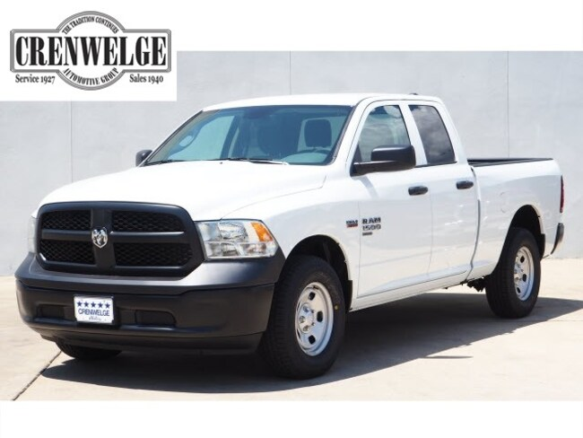 New 2019 Ram 1500 CLASSIC TRADESMAN QUAD CAB 4X4 6'4 BOX Quad Cab For Sale Kerrville, TX