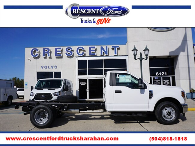 2019 Ford F-350 Chassis XL 2WD 145WB DRW Truck Regular Cab