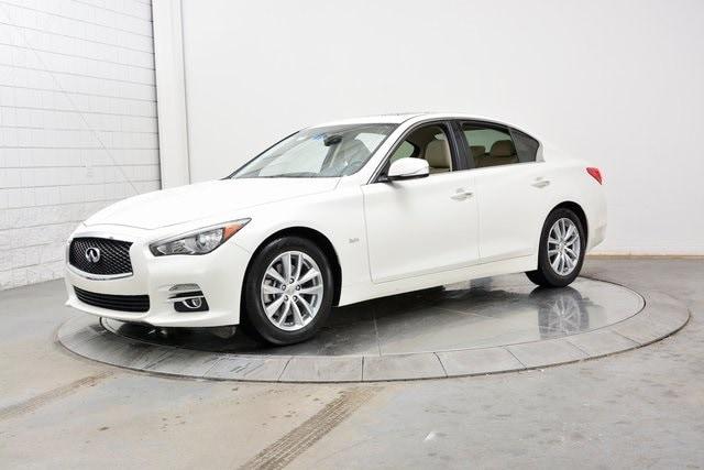2016 INFINITI Q50 3.0t Premium Sedan
