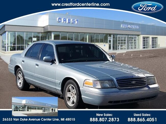 2002 Ford Crown Victoria Standard Sedan
