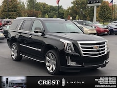 Used 2016 Cadillac Escalade Luxury Collection SUV in Sterling Heights, MI