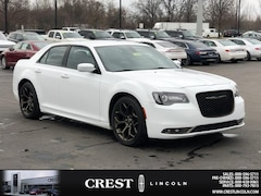 Used 2016 Chrysler 300 300S Alloy Edition in Sterling Heights, MI
