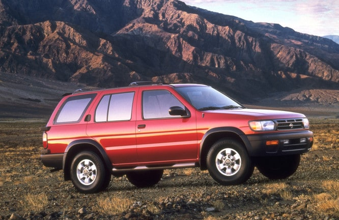 a brief history of the nissan pathfinder as it turns 30 years old
