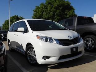 2012 Toyota Sienna Base Van