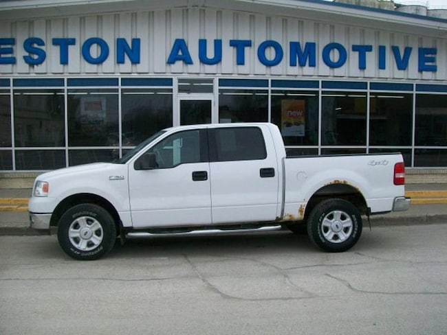 2004 Ford F-150 XLT Crew Cab Short Bed Truck