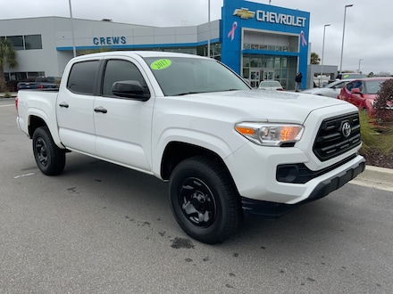2017 Toyota Tacoma SR5 Double Cab 5 Bed I4 4x2 AT Crew Cab Pickup