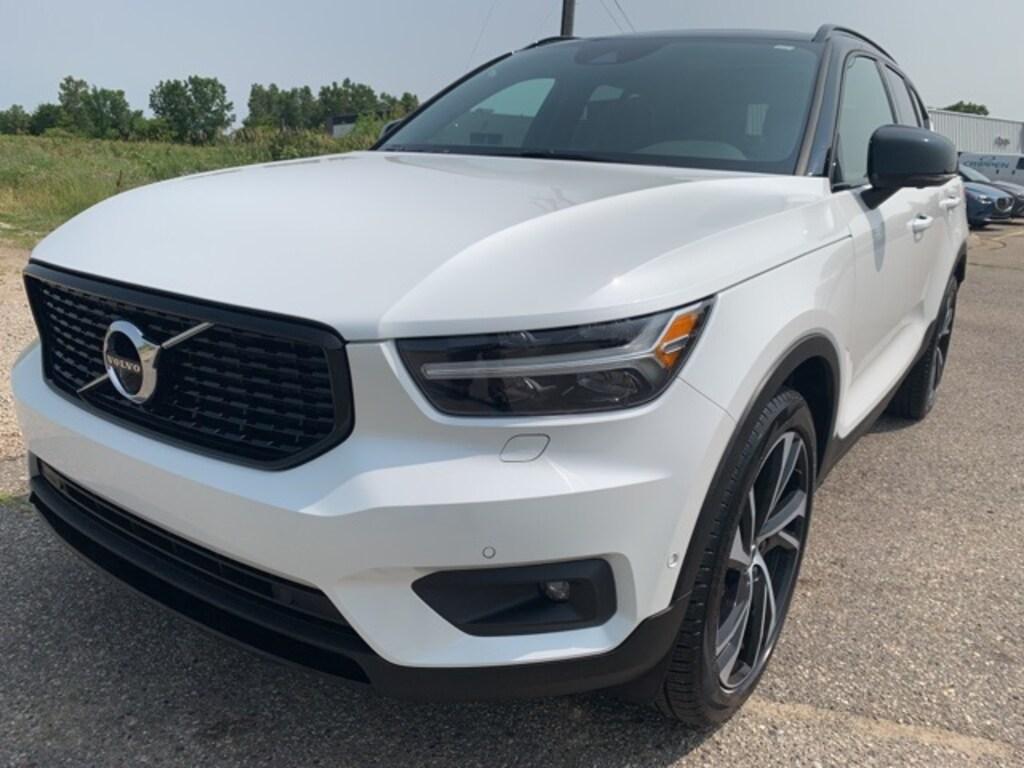 Used 2019 Volvo XC40 For Sale | Lansing MI | VIN