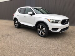 New 2020 Volvo XC40 T5 Momentum SUV for sale in Lansing, MI