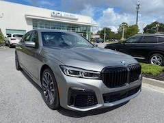 2021 BMW 7 Series 740i Sedan Car